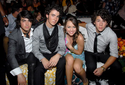 Jonas Brothers and Miley Cyrus at the VMAs