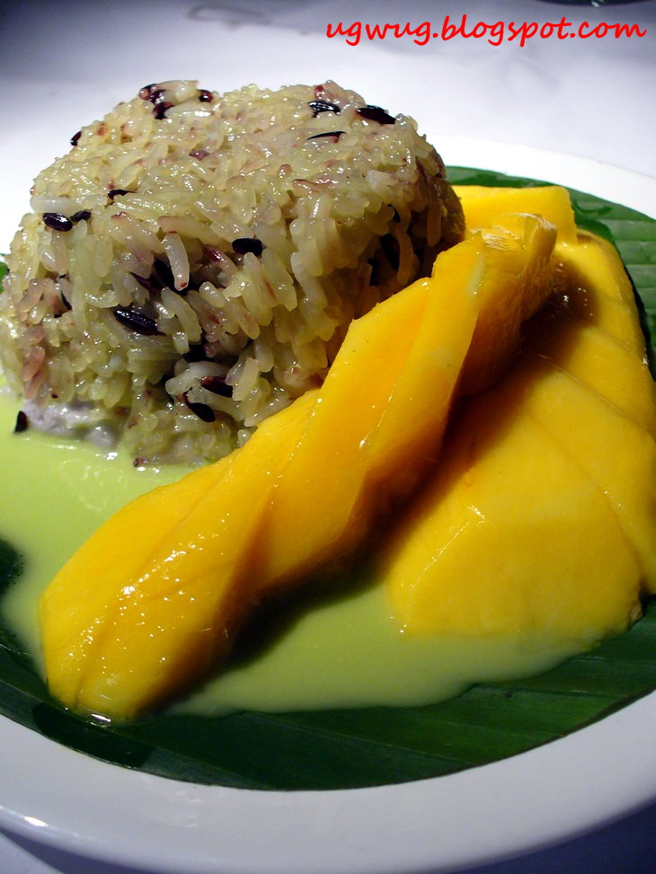 Glutinous Rice with Yam and Fresh Mango
