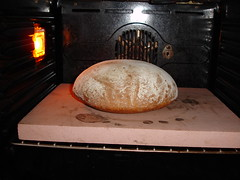 Brood (Henk en Maaike van Hal) Tags: op steen brood bakkken