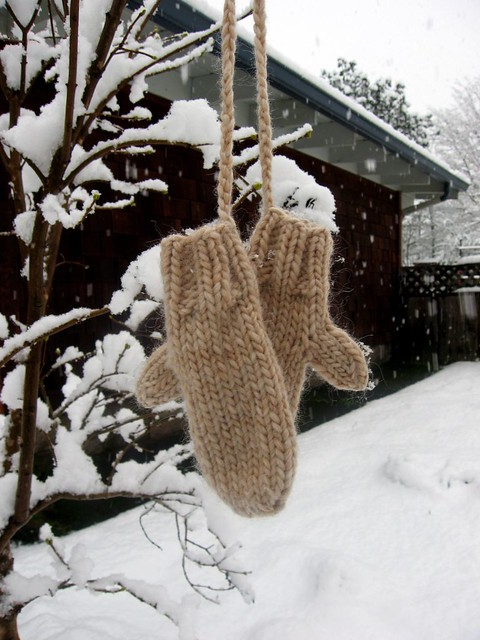 Ravelry Chunky Toddler Mitts Pattern By Katie Aaberg