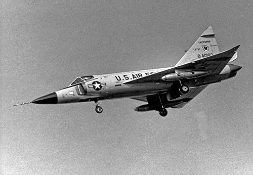 Airplane picture - Convair F-102 Delta Dagger in mid 1960s