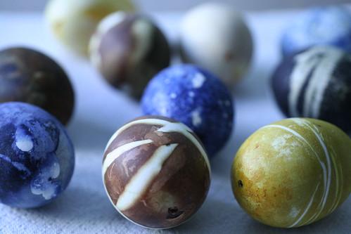 Decorare le uova di Pasqua in modo naturale