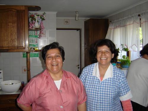 Няня Ольга та няня Йолі