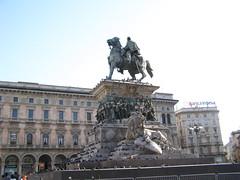 Vittorio Emanuele II (magro_kr) Tags: italy sculpture horse milan monument statue king italia milano lombardia kon lombardy pomnik rzeźba krol koń włochy wlochy rzezba mediolan król