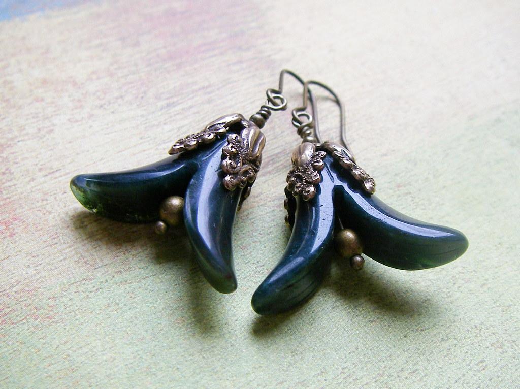 Green Agate Flower earrings