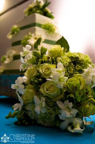 Bridal Bouquet & Cake