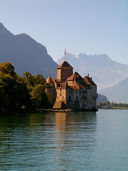 XXXX Reise durch die Schweiz : Schloss / Chteau Chillon am Genfersee , Kanotn Waadt , Schweiz (chrchr_75) Tags: lake building castle history nature water landscape lago schweiz switzerland see eau wasser bestof suisse geneva swiss magic natur lac best chillon christoph chateau svizzera schloss landschaft castello chteau  gebude castillo canton 0508 kasteel geschichte jrvi  mittelalter suissa  s genfersee kanton chrigu waadt castlechillon schlosschillon alpensee chrchr archidektur hurni vaudt chrchr75 chriguhurni chteauchillon kantonwaadt bestofalbum albumschlsserkantonwaadt kantonvaudt burgenundruinen albumgenferseelaclman chriguhurnibluemailch albumbestof albumschlsserkantonwaadtalbumschweizerschlsser burgenundruinenkantoncantonwaadtvaudtkantonwaadtkantonvaudtschlosscastlechteaucastellokasteelcastillomittelaltergeschichtehistorygebudebuildingarchidekturchristophhurnichrchrchrchr75chriguchriguhurnichriguhurnibluema christophhurnichrchrchrchr75chriguchriguhurnichriguhurnibluemailchalbumschweizerschlsser