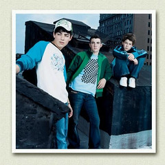 Young Jonas Brothers. They Look So Different! (Future Mrs Nicholas Jonas) Tags: kevin brothers nick joe jb jonas jonasbrothers nickjonas kevinjonas joejonas