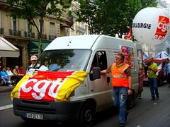 CGT METALLURGIE (nARCOTO) Tags: paris france ballon mai van 2008 manifestation drapeau cgt retraite syndicat manifestants