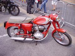 Terrot Tenor (JPC24M) Tags: red bike vintage rouge moto motorcycle briare oldbike 4t frenchbike motoancienne monocylindre monocylinder motofranaise