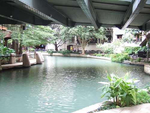 San Antonio TX - Riverwalk at H