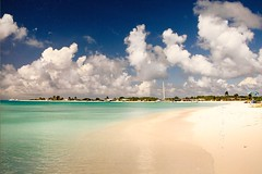 Crasqui . P.N. los Roques (Josep M. Pons) Tags: sea sky praia beach clouds venezuela playa 100views 400views 300views 200views caribbean 500views 800views 600views 700views venezolano losroques 1000views caribe venezuelan 900views arquiplago quarzoespecial archiplago