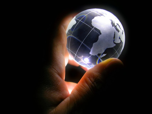 Google exit ?: picture Globe Project (4 of 7): I've Got the Whole World in My Hand by blogrodent