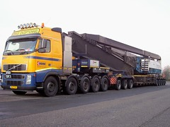 DDM (eurodaily3510) Tags: scotland volvo ray fred hull irvine ddm scania nooteboom rayliable pilingrig worldtruck