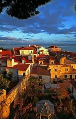 Enjoy Lisboa !! (Fotourbana) Tags: sunset lisboa soe alfama themoulinrouge fotourbana anawesomeshot colorphotoaward aplusphoto ultimateshot diamondclassphotographer ysplix