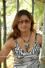 Telugu Actress - Farah Khan