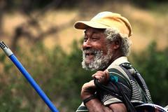 Reir por no llorar... (. J •) Tags: man venezuela hombre penner pobreza armut barbudo bärtig unbemittelt