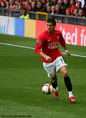 Cristiano Ronaldo (Hadi Al-Sinan Photography) Tags: madrid england portugal canon manchester real photography amazing eyes head united champion fast skills best player potd through premier arsenal 2009 ronaldo cristiano league barclays hadi 70300 attacker pichichi 40d flickraward alsinan