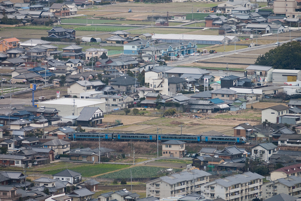 JR Shikoku's train (112 series) in Kotorahira