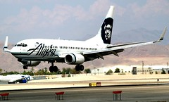Alaska Airlines Boeing 737-790 N615AS (BOSOX Photographix) Tags: alaska boeing airlines 737790 n615as