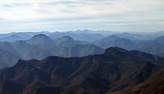 Cordillera Cantbrica desde el Friero (jtsoft) Tags: mountains landscape olympus len picosdeeuropa e510 friero valden zd1442mm jtsoftorg