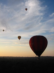 Hot air ballooning in Melbourne