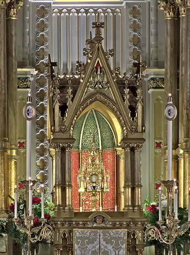 Saint Francis de Sales Oratory, in Saint Louis, Missouri, USA - monstrance 2.jpg