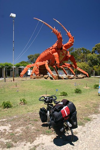 Larry the Lobster, 18m tall. Kingston SE.