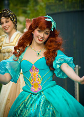 Princess Ariel, the Little Mermaid (FrogMiller) Tags: portrait ariel princess disneyland disney parade redhead april lindsey littlemermaid disneyprincess underthesea aeriel thelittlemermaid disneylandresort castmember disneyparade aprillovejoy lindseypeck