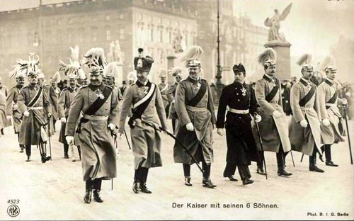 Der Kaiser und seine sechs Sohne / the Kaiser and his six sons