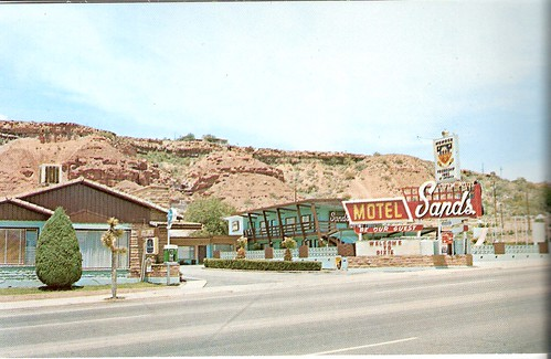 Retro Hotels: Sands Motel by firstyearta from Flickr