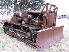 Monarch Dozer (dbro1206) Tags: old abandoned rust rusty equipment machinery monarch resting bulldozer decayed rouille allischalmers