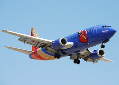 Southwest 737 (So Cal Metro) Tags: southwest plane airplane losangeles airport aircraft aviation jet airline boeing lax airliner 737 southwestairlines triplecrown swa n647sw