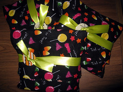 Lucky Parcel -- Halloween (outgoing/wrapped)
