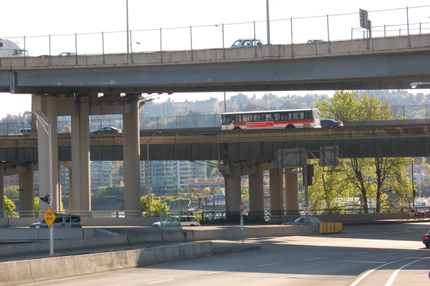 bridge_marquam_atop_haw_april