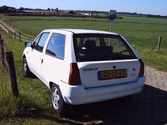 Citron AX Escapade (regtur) Tags: auto holland cars netherlands dutch car french automobile citroen nederland voiture ax escapade medion