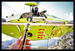 4 mm (salvadorfornell) Tags: canon photography photo foto andalucia granada helicoptero fotografo contrapicado fotografa rescate grea emergencias ltytr1 diamondclassphotographer cruzadatecnica