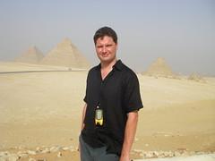 pyramids-giza-