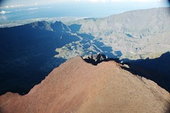 Piton des Neiges (christophandre) Tags: ocean island volcano photo indian des piton vol cirque indien runion ulm volcan mafate neiges ocan ocanindien survol