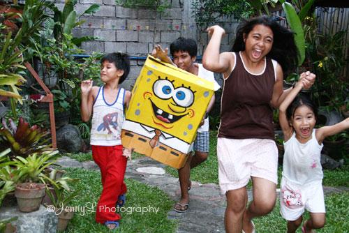 Run... here comes Sponge Bob!!