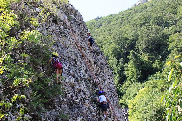 climbing up5