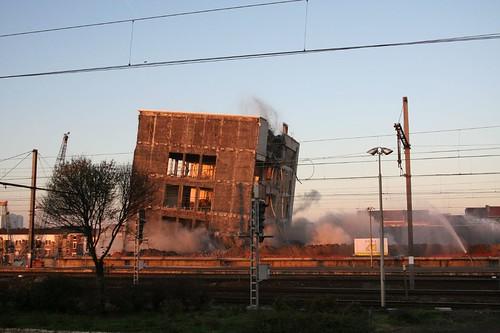 ineenstortend postgebouw in Gent