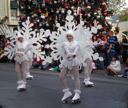 Snowflakes Prancing