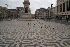 Avenue V (Karyatis) Tags: portugal avenida lisboa lisbon liberdade avenue selfpleasure karyatis