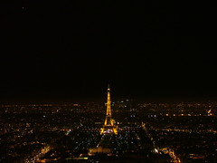 Eiserne Dame (Deve) Tags: paris france night lights frankreich tour nightshot nacht aussicht turm eiffelturm montparnasse dach nuit vue lichter hochhaus lichterstadt beleuchtet 15e tot aussichtsplattform ladamedefer plattofrm