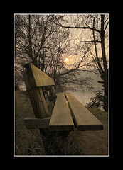 Peaceful Place (turbomg) Tags: panchina bench fiume river brivio adda tripod 1022 1022mm 10mm goldstaraward