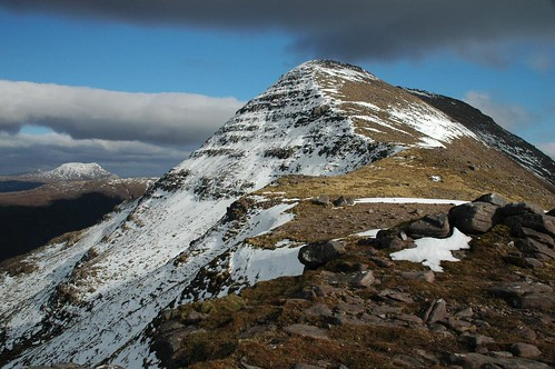 The north face of Beinn an Eoin