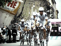 91 Giro d'Italia. first stage. Palermo (Gabrios_LBF) Tags: italy bike sport start team movement italia action stage first competition ciclismo sicily palermo giro ruote azione politeama tappa cyclism giroitalia aplusphoto theperfectphotographer llovemypics 91giroditalia