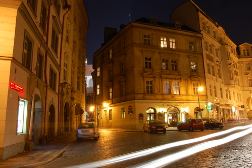 prague at night1
