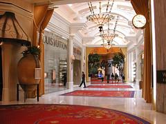 The WYNN Hotel and Casino (BillGraf) Tags: vegas lasvegas nevada strip wynn lasvegasstrip wynnhotel 5photosaday wynnshops